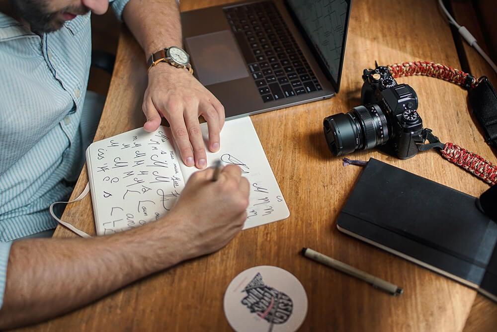 Logo ontwerpen. Deze tools heb je nodig om een logo te ontwerpen