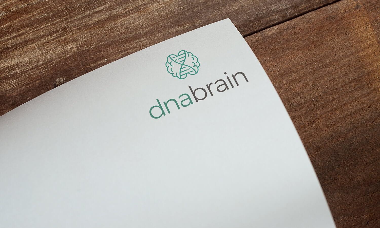 strak modern en zakelijk dna en brein logo ontwerp op papier