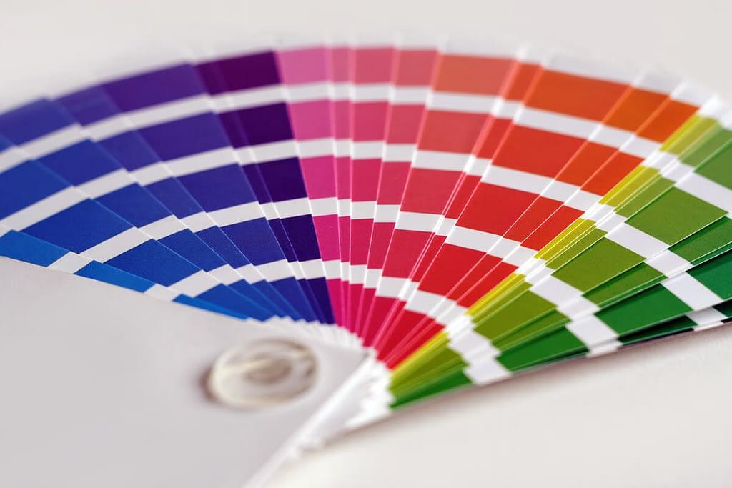 Hoe kies je de juiste kleuren voor je ontwerp - Kleurentheorie voor beginners